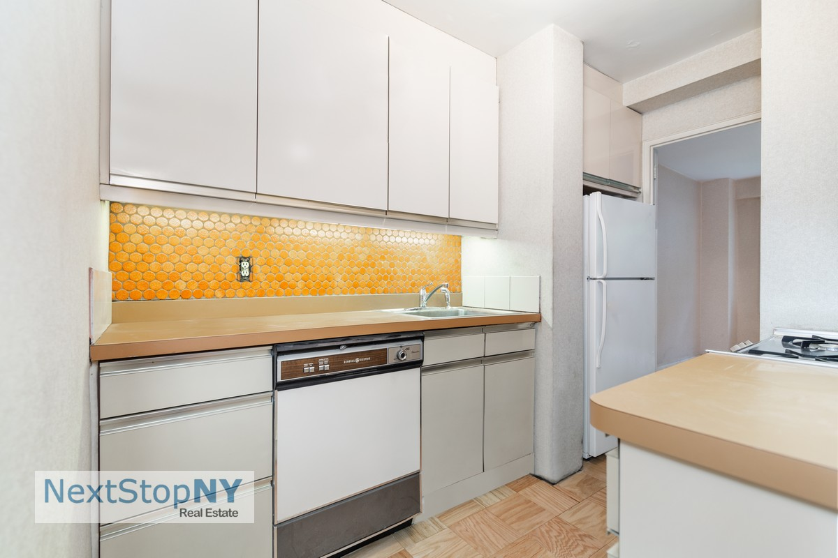 333 East 55th Street 1E Sutton Place New York NY 10022